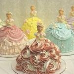 """2018/12/27で気になった記事 """"プリンセス""""モチーフの3Dケーキが西武池袋本店・デコ フルールで、ドレスのフリルをクリームで表現…他"""